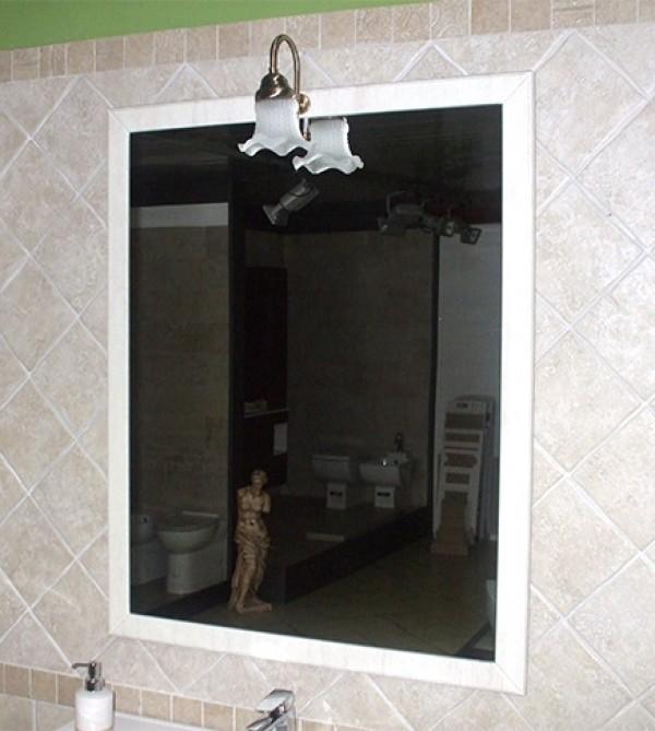 b337b610dda3 Mobile bagno a terra Ines decapè cm 90 con specchio, applique e lavabo